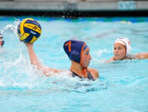 Savannah playing waterpolo